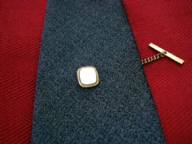 Vintage Mother of Pearl Tie Tack(Sold)